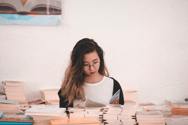 Livros indicados para leitores iniciantes: gêneros e títulos